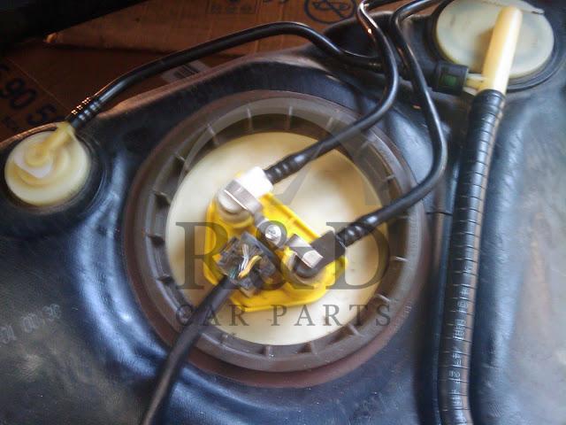 47468_b86fc2706d1191d3974dff0ac1ce3a85 clamp fuel line on pump all saab models genuine, 12806113